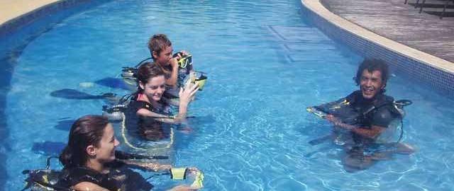 teaching diving, port Vila, Vanuatu