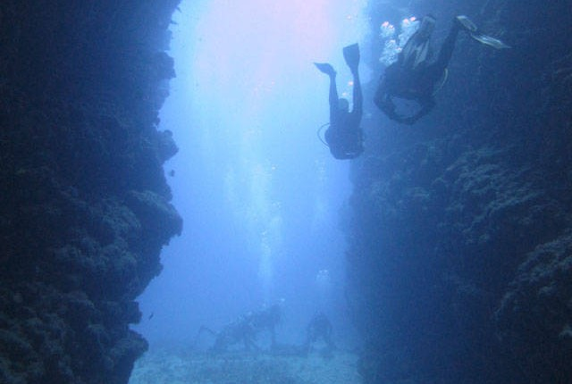 Scuba diving i the cathedral cave in Port Vila, Vanuatu