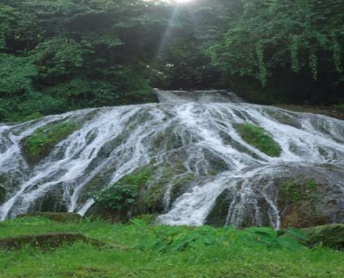 Lololima cascade waterfall day trip