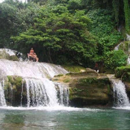 waterfalls on tour with ecotours canyon tour