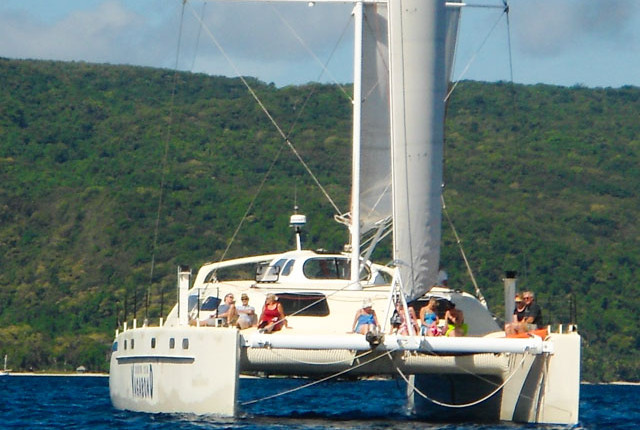 Sailing and snorkelling tour on the New Zealand built Catamaran Vagabond