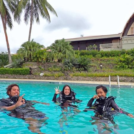 Big Blue Discover scuba diver